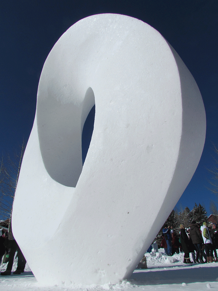 Schneeskulptur ENDLOS 2012