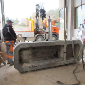 Brunnentransport ins Atelier